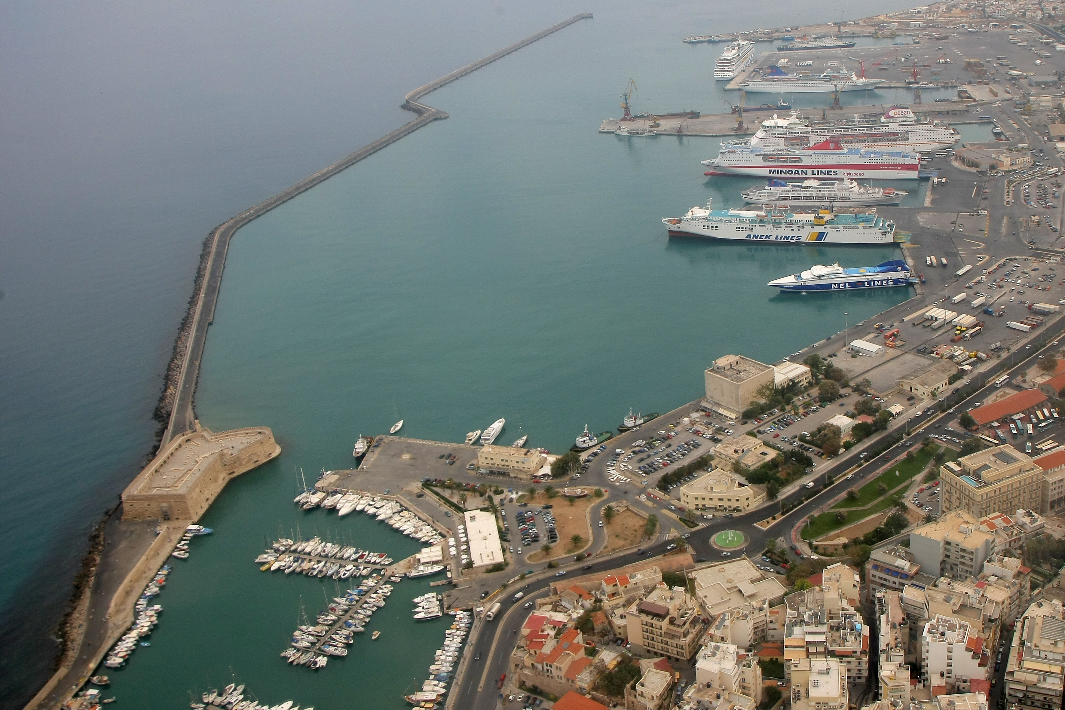 Heraklion port view from the west